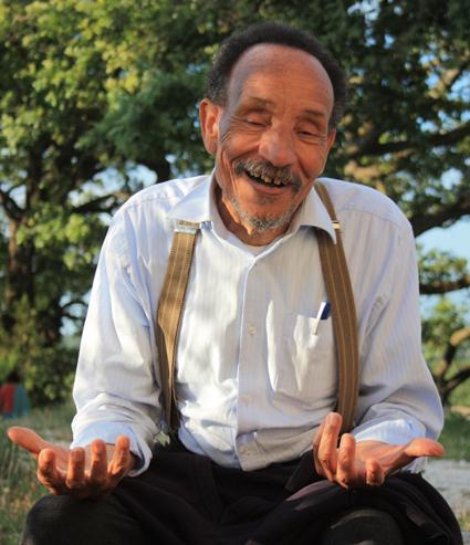 Pierre Rabhi, sur le site des Amanins dans la Drôme.